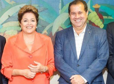Lupi sinaliza rompimento do PDT com Dilma Rousseff