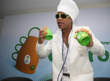 musica nova de carlinhos brown 2013