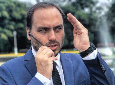 Carlos Bolsonaro quer derrubar Regina Duarte, diz coluna