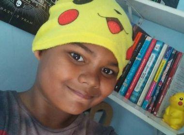 Baiano de 12 anos dono de perfil sobre livros sofre racismo: 'Orgulho de ser negro'