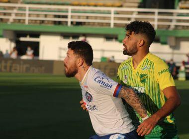 Rossi é multado pelo Bahia após expulsão por gesto obsceno na Argentina
