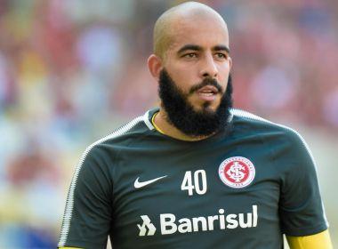 Bahia negocia contratação do goleiro Danilo Fernandes, do Internacional