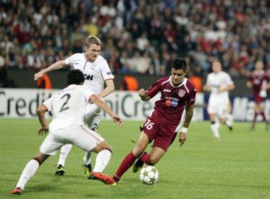 dd41238f35 Rafael Bastos comenta interesse do Manchester United   Seria um sonho