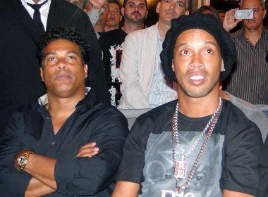 Ronaldinho e seu irmão Assis têm seus passaportes apreendidos pela Justiça do RS