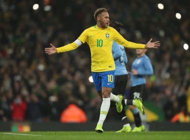 Sem brilho, Brasil bate o Uruguai com gol de pênalti cobrado por Neymar