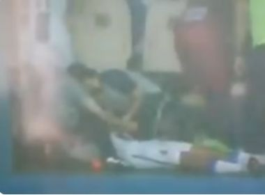 Copa São Paulo  Zagueiro do Água Santa-SP se sente mal após raio atingir  estádio 816e627571ecd