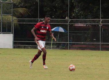 Sobrevivente de incêndio, jovem do Flamengo acorda e atende a comandos