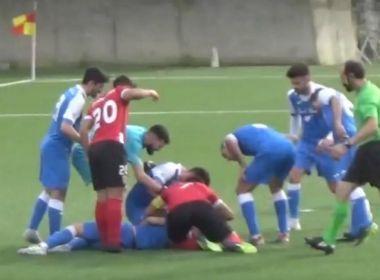 Jogador salva vida de adversário que desmaiou em campo em Portugal; assista o vídeo