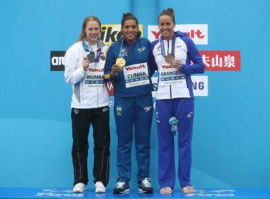 É tetra! Ana Marcela conquista o ouro nos 25 km no Mundial de esportes aquáticos