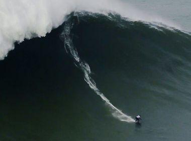 Maya Gabeira quebra recorde de maior onda já surfada por uma mulher