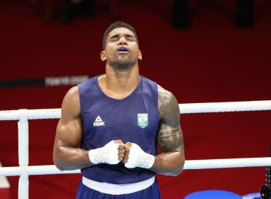 Abner Teixeira perde para cubano e é medalha de bronze no boxe