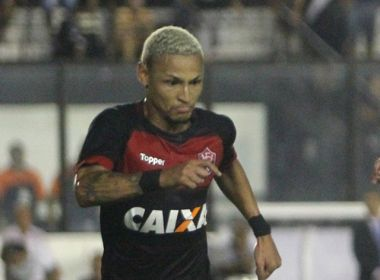 Neilton destaca garra do time no triunfo sobre o Vasco