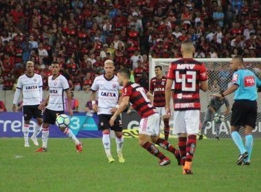 Bahia Notícias   Esportes   E.C. Vitória   Vitória perde para o Flamengo no  Maracanã e segue na zona de rebaixamento - 23 08 2018 93a68273062a0