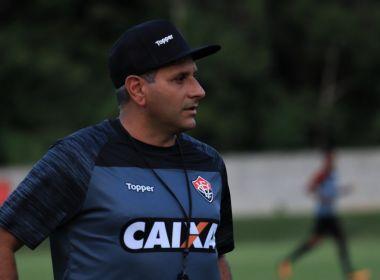 Preparador físico Daniel Azambuja segue no Vitória para a próxima temporada e4e87bf8acb03
