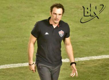 Bruno Pivetti não resiste à derrota para o América-MG e é demitido do Vitória