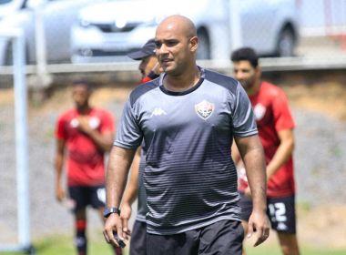 Eduardo Barroca chega com auxiliar e preparador ao Vitória