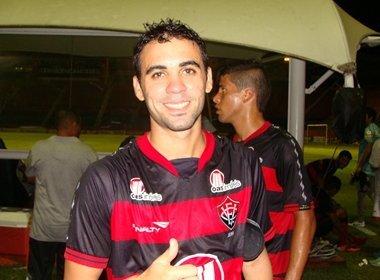 Gabriel Soares reforça o Vitória na Copa SP