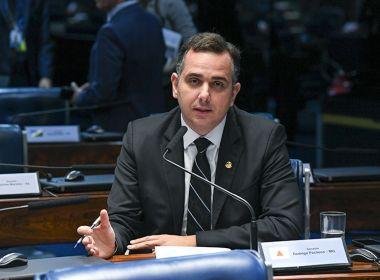 Pacheco impõe nova derrota a Bolsonaro e devolve MP das fake news