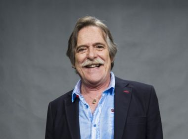 Ator José de Abreu critica Regina Duarte por apoio a Bolsonaro