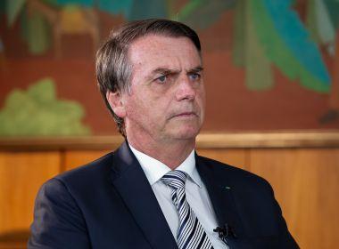 Bolsonaro usou caneta preta clássica e Lula usou Montblac para assinar posse