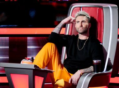 Adam Levine deixa o time de jurados do 'The Voice EUA' após 16 temporadas