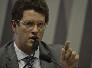Em sessão na Câmara, Salles é chamado de office boy do desmatamento
