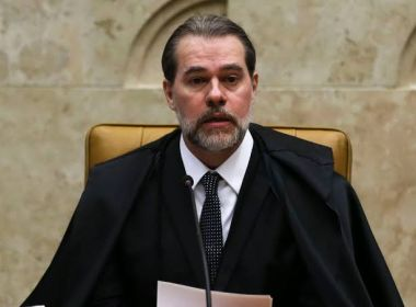 Toffoli enfrenta protesto e, sem citar PSL, diz que partido virou veículo para o poder