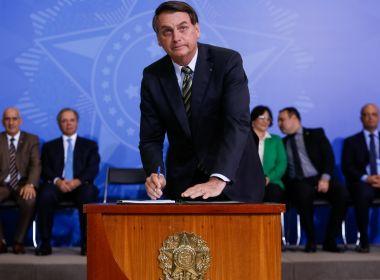 Mesmo com voto impresso na Bolívia, Bolsonaro resgata ideia de olho em rede social