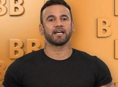 'BBB': Após ser denunciado por agressão, vídeo de Hadson Nery humilhando torcedor viraliza