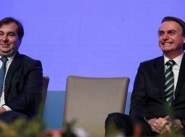 Em festa, convidados de Rodrigo Maia discutem o quanto dura Bolsonaro