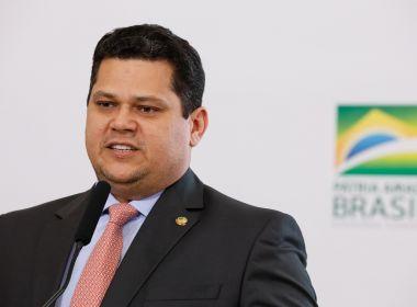 Guedes e Alcolumbre fazem acordo e fecham em R$ 120 bi socorro a estados e municípios