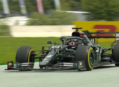 Hamilton lidera primeiro treino e times médios surpreendem no GP da Áustria