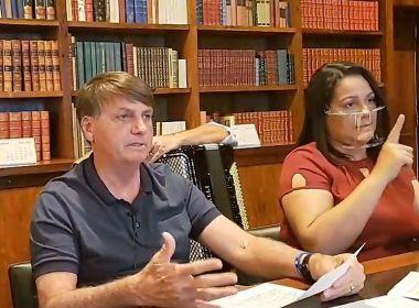Sem acordo assinado com Oxford, Bolsonaro ironiza vacina chinesa contra Covid-19