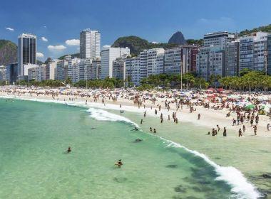 Praia de Copacabana será primeira no Rio a ter reserva de areia por aplicativo