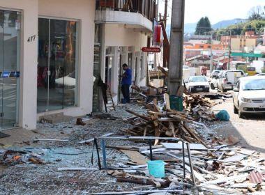 Tornados deixam feridos, desabrigados e provocam rastro de destruição em SC