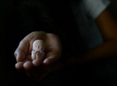 De 25 países, Brasil é 2º com menor apoio ao aborto, diz pesquisa