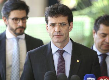 Com ministro do Turismo, já são sete as autoridades com Covid após posse de Fux