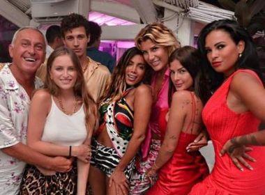 Anitta revela que ficou com muitas mulheres durante férias na Europa