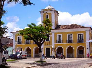 Santo Amaro: Justiça obriga Prefeitura a conceder transporte para universitários