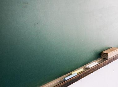Professor é condenado ao sugerir sexo com alunas em troca de notas melhores