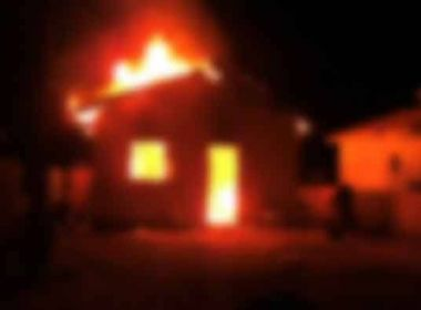 Justiça condena homem a quase cinco anos de prisão por colocar fogo em casa de ex-mulher