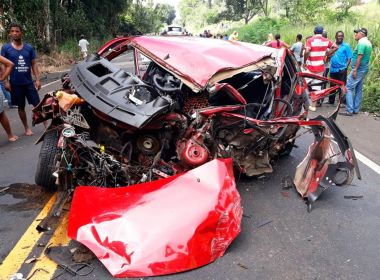 Ubaitaba: Homem morre e 3 ficam feridos em acidente que envolveu 4 carros
