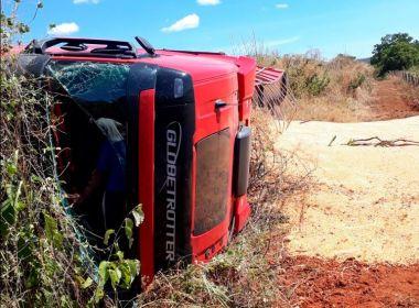 Riacho de Santana: Mãe, filha e neto morrem após acidente entre três veículos na BR-430