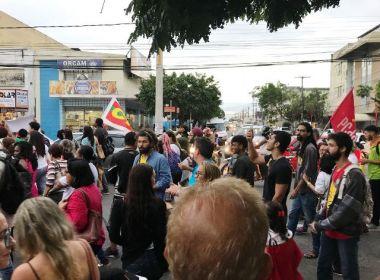 Feira: Manifestação cobra redução de preços de gasolina e gás de cozinha