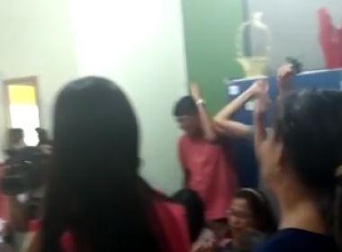 Itabuna: Em greve, professores ocupam sede de secretaria da educação