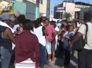 Simões Filho: Eleitores relatam confusão e até roubo em fila para biometria
