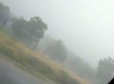 Livramento: Temporal tem chuva, trovões e até granizo; veja vídeo