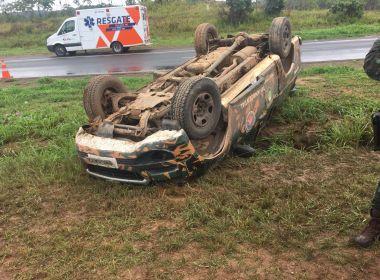 Acidente com viatura deixa três policiais feridos na BR-324