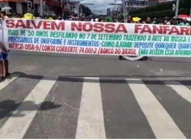 Vice-prefeita de Alagoinhas é vaiada por fanfarra: 'Cadê o uniforme da banda?'