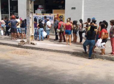Brumado: Moradores fazem fila para comprar álcool em gel; produto está esgotado em lojas
